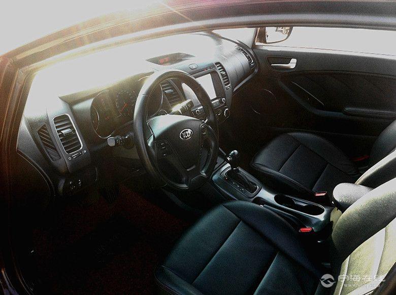 起亚K3 黑色 二手车交易高清图片