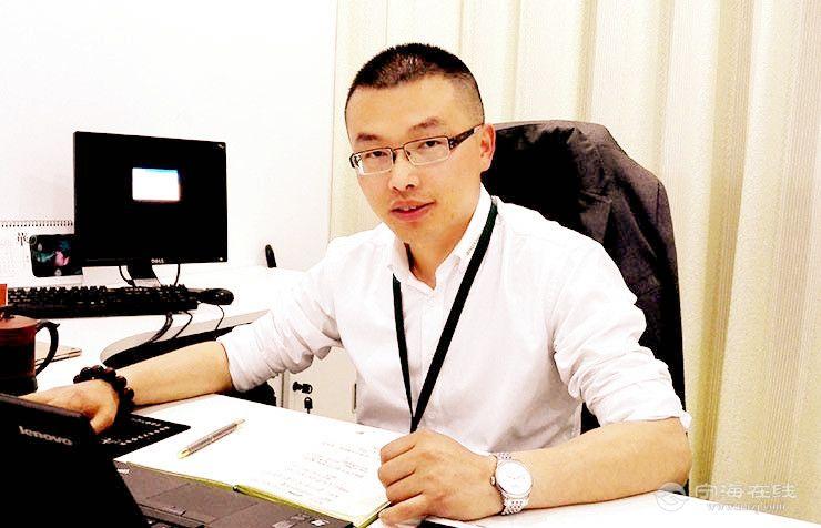 邬星辉-双林学子,双林鑫城厂厂长  小.jpg