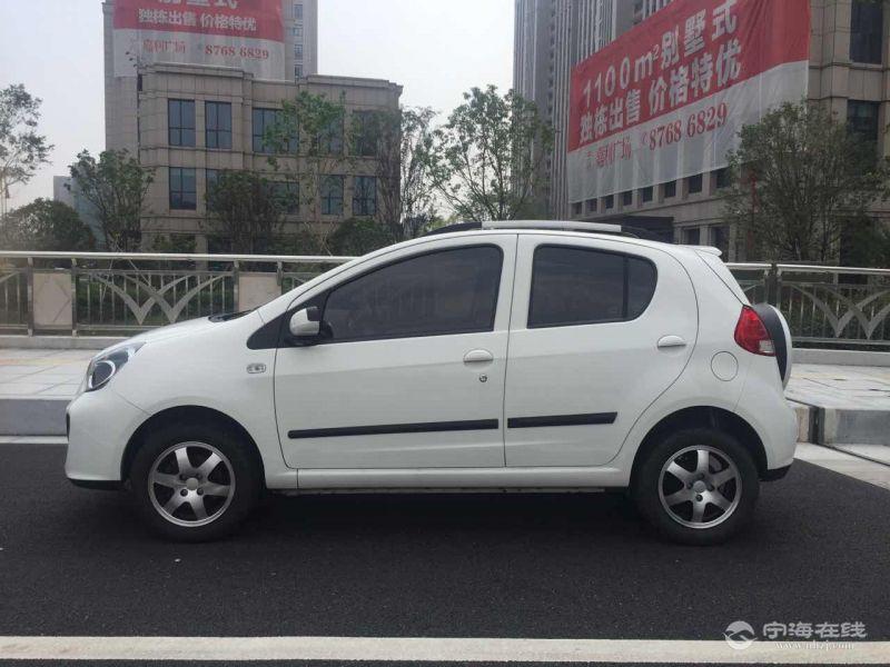 吉利熊猫(小越野) 白色 支持零首付当天可提车