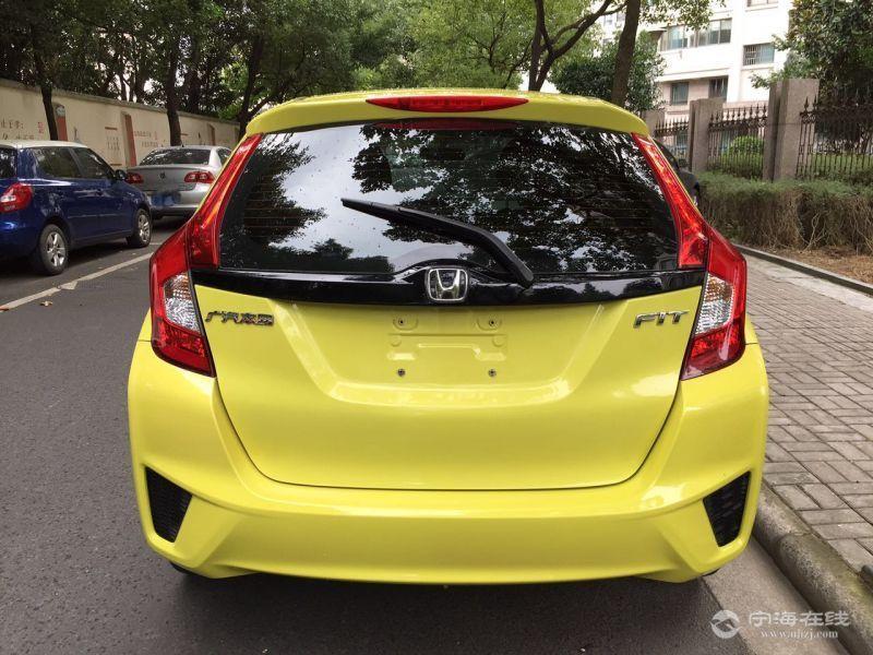 本田飞度新款gk5 黄色 支持零首付当天可提车 全国提档