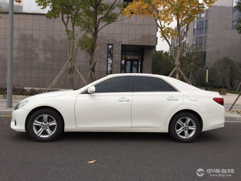 出售丰田锐志 白色 2014款