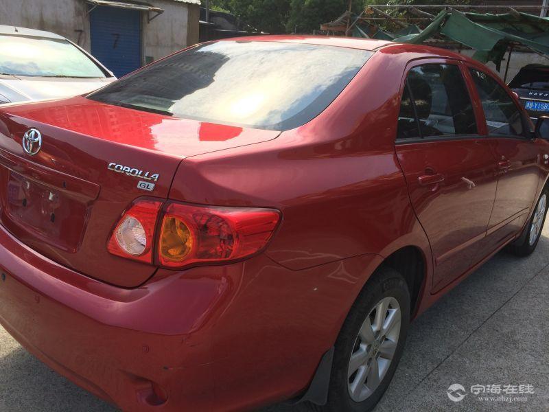 丰田卡罗拉1.6at红色
