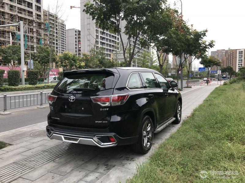 丰田汉兰达新款四驱7座顶配 黑色