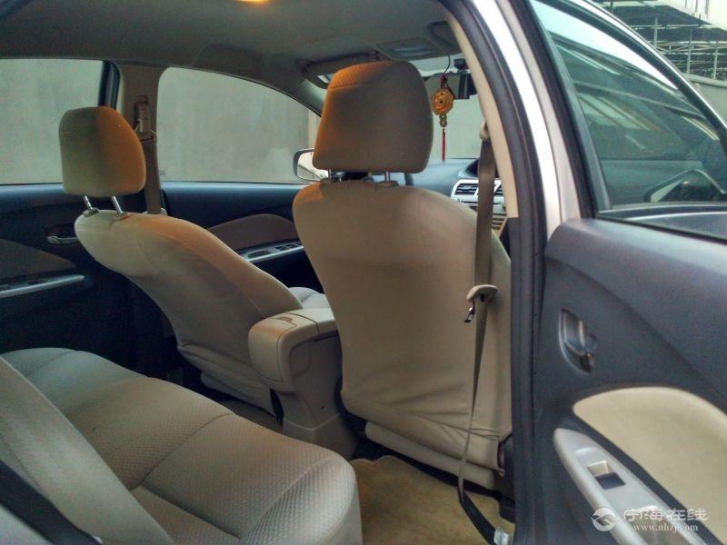 丰田威驰 新款 银色3.18 万 精品车况,好车不等人